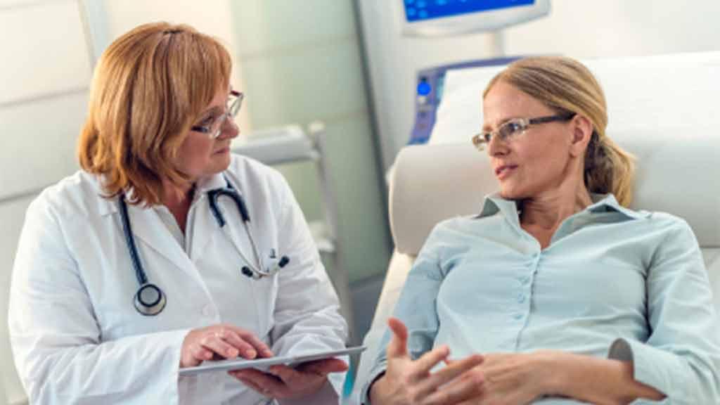 عفونت قارچی واژن چیست؟ علائم و روش درمان آن