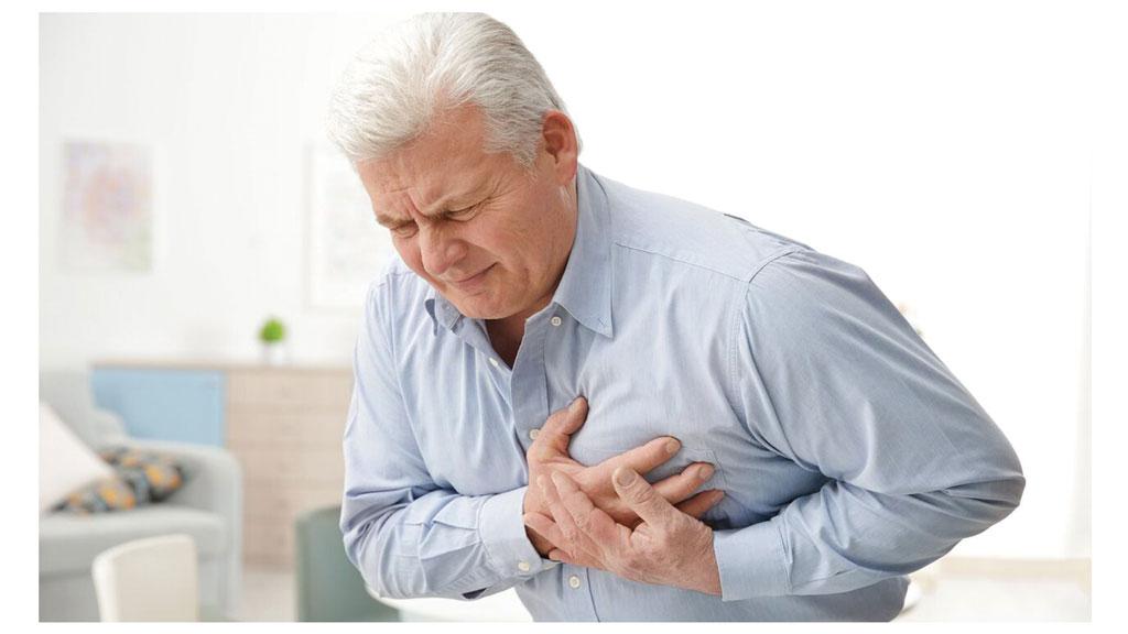 حمله قلبی چیست و چگونه درمان میشود.